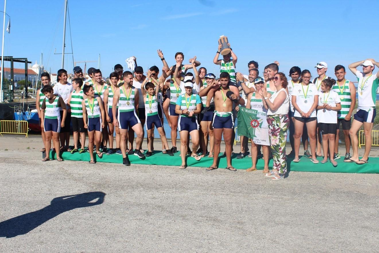 Atletas da Naval - vencedores da Taça S. João
